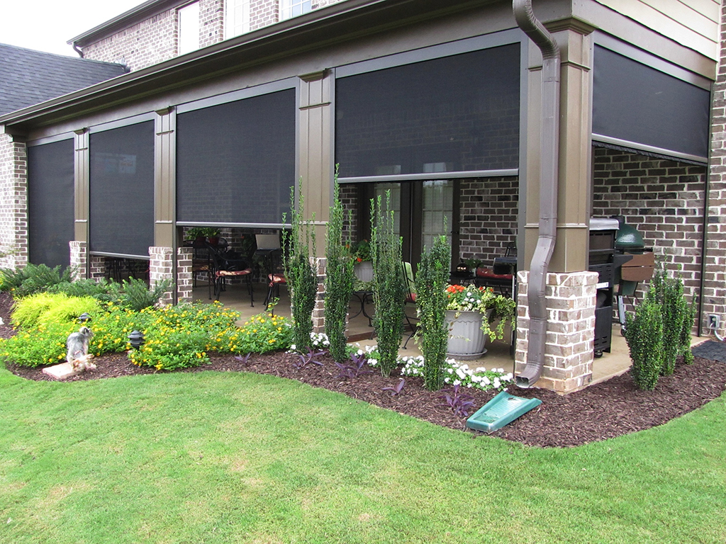 Retractable screens shades and awnings working space for Retractable screen porch systems